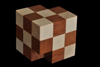 Interlocking - Puzzle