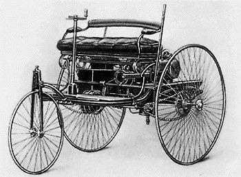 Sejarah otomotif, 10 kejadian pertama dunia otomotif, mobil pertama di dunia