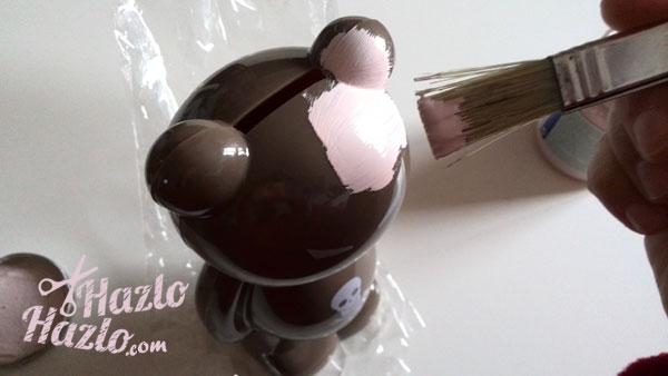Pintar un oso de plástico con chalk paint