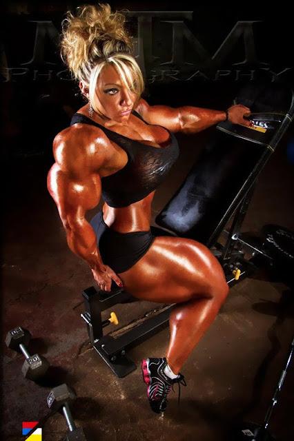 Amanda Alger muscle morph