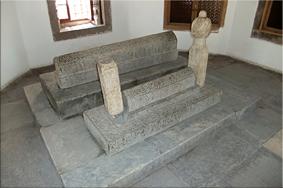 Tumbas en el Museo de Mevlâna