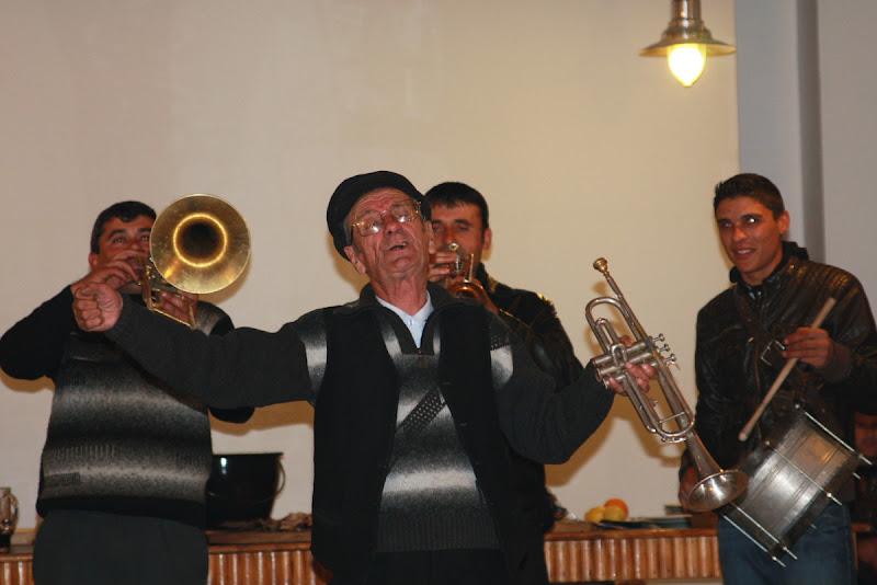 Mircea Dinescu port Cetate Oltenia muzica
