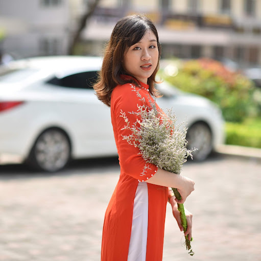 Linh Phuong picture