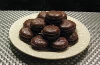 Les macarons au chocolat - recette indexée dans les Desserts