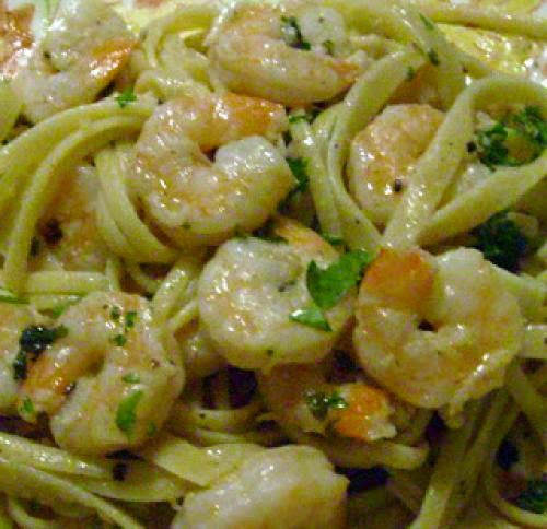 Saturday Evening Pasta Linguini With Shrimp And Scallops In Lemon Cream Sauce