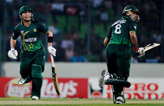 Kamran Akmal and Mohammad Hafeez assured a 10-wickets victory while sharing an unbeaten 113-run stand, Pakistan vs West Indies, 1st quarter-final ICC Cricket World Cup 2011, Mirpur, March 23, 2011