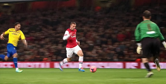 Podolski, Arsenal - Coverntry