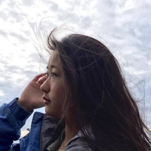 Sharon Tung Photo 3
