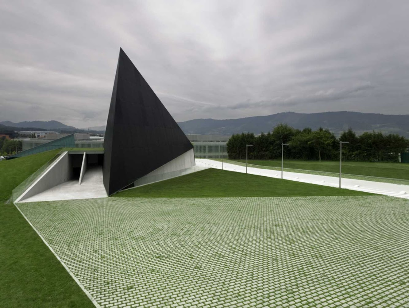 Elexalde Derio, Biscaglia, Spagna: Btek Technology Interpretation Centre by Acxt