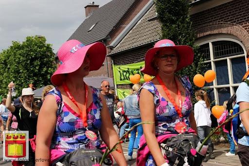 Vierdaagse van Nijmegen door Cuijk 20-07-2012 (81).JPG