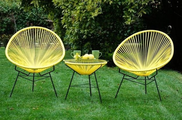 I Love Yellow, But I Have Never Really Experimented Much With It. And These Acapulco  Chairs Make Me Want To, Right Away!