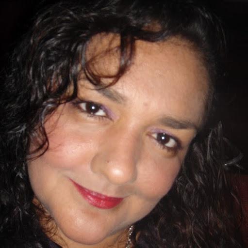 Raquel Barrios Photo 17