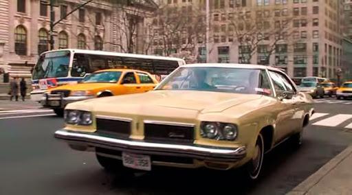 Vehiculos de cine! 1973-Oldsmobile-Delta-88-Holiday-Sedan