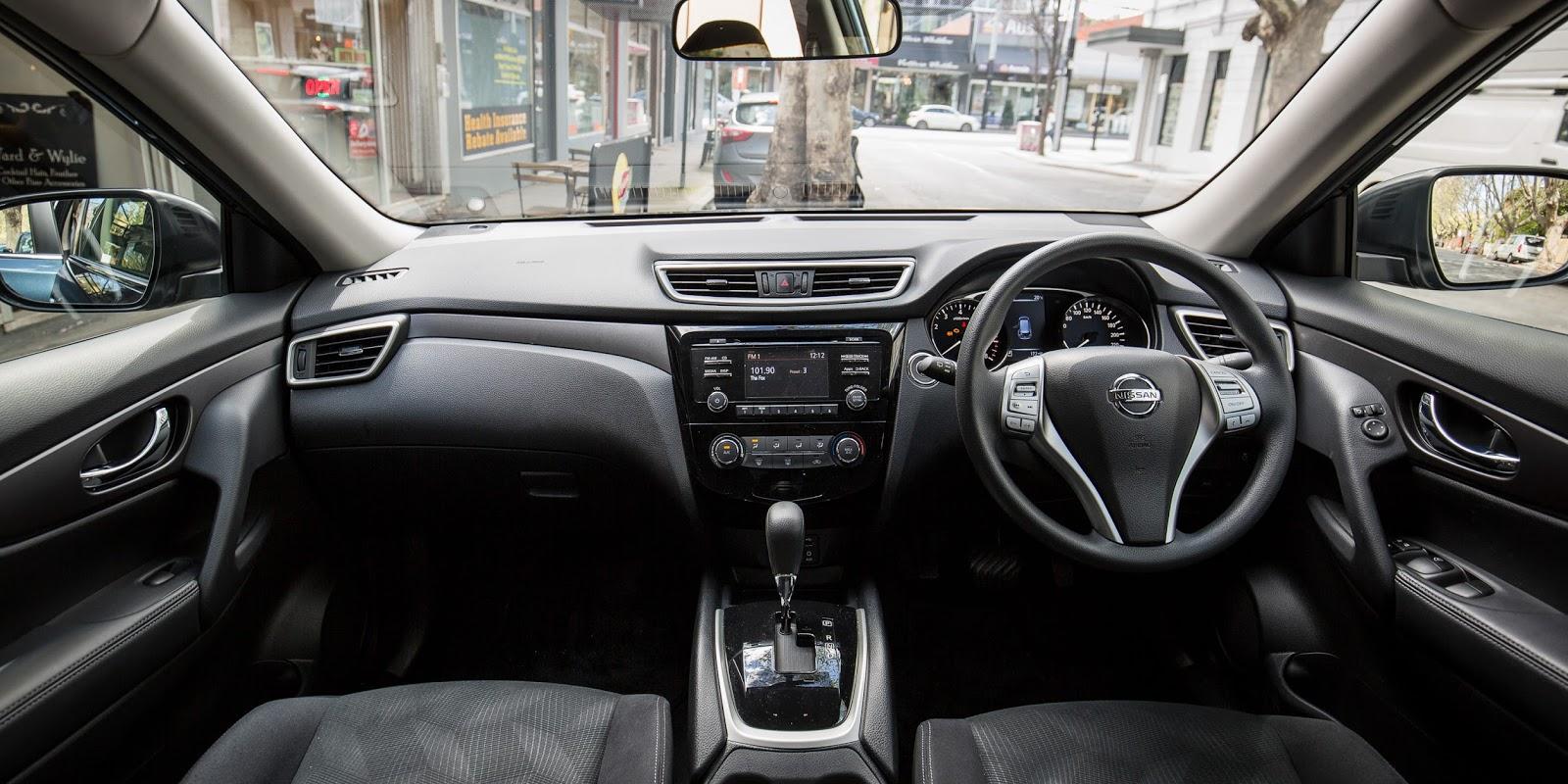 Khá thất vọng với thiết kế nội thất của Nissan X-Trail 2016