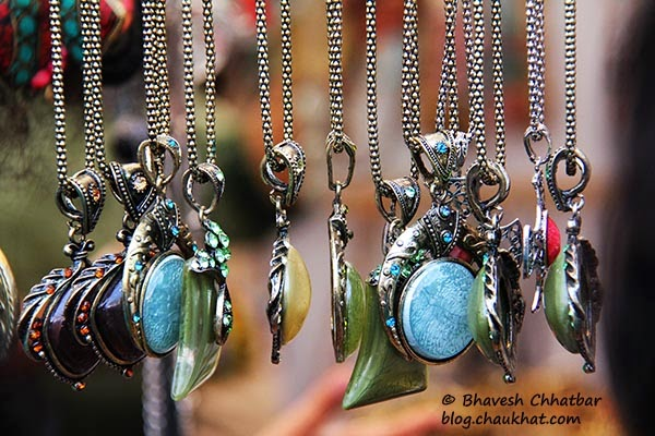 Kala Ghoda - Chains and pendants