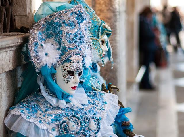 Masked, Venice