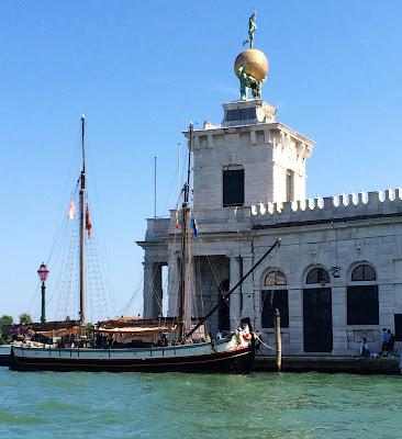 Punta della Dogana di Mare, Dorsoduro, 2, 30123 Venezia, Italy