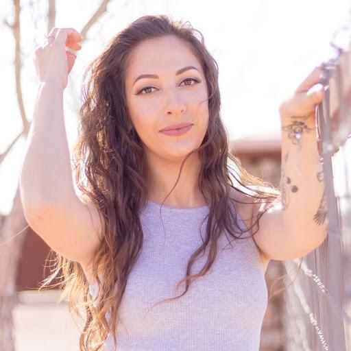 Megan Moreno Photo 29