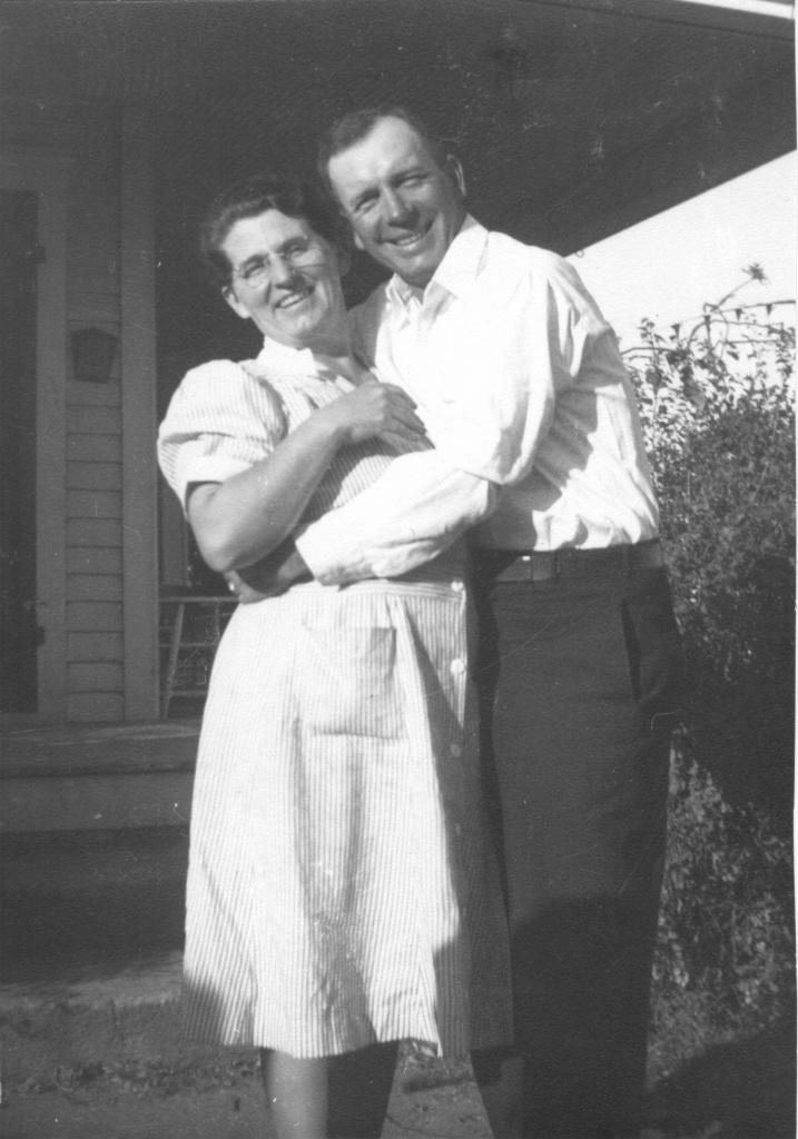 Iowa Wisconsin Brassfield Genealogy Thelma And Floyd Brassfield 1940s