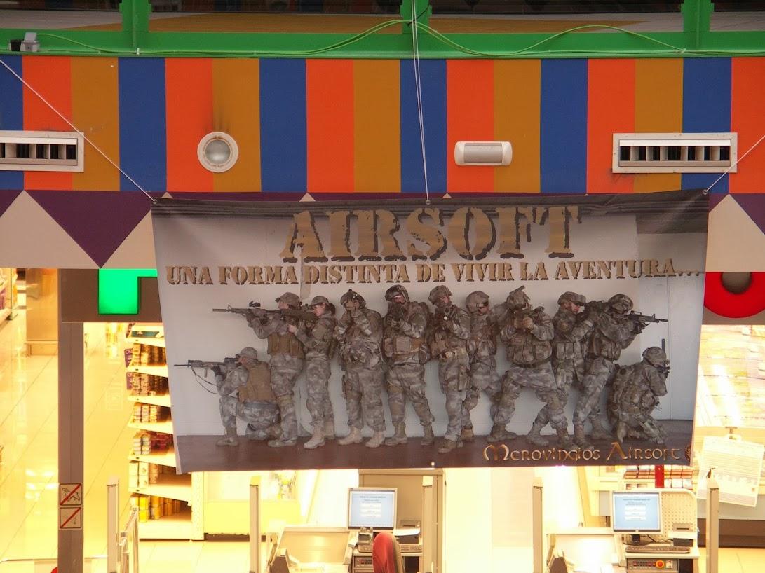 """EXHIBICION EN EL CENTRO COMERCIAL """"PUERTA DE TOLEDO"""". PICT0020"""