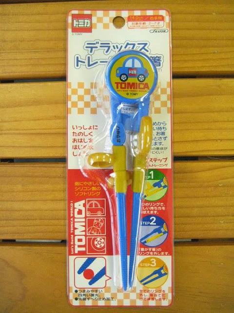 Hình ảnh hộp sản phẩm Đũa tập ăn Tomica cho bé