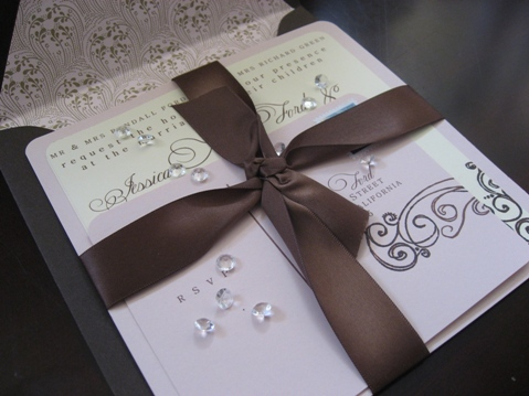 Invitación rosa con café para boda