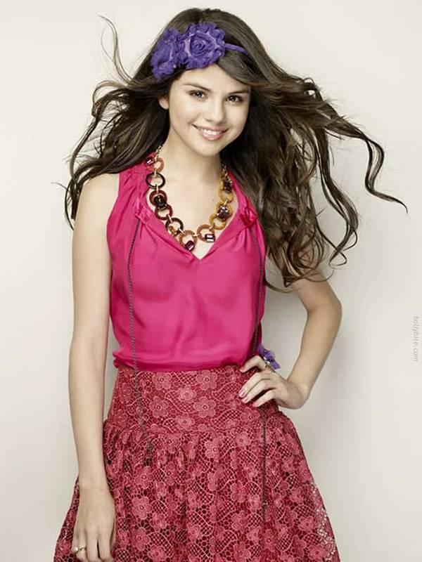 Pretty Cute  Selena Gomez  Cliff Watts Photoshoot  stills