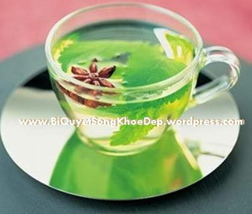 Cách phục hồi làn da bị cháy nắng bằng trà xanh