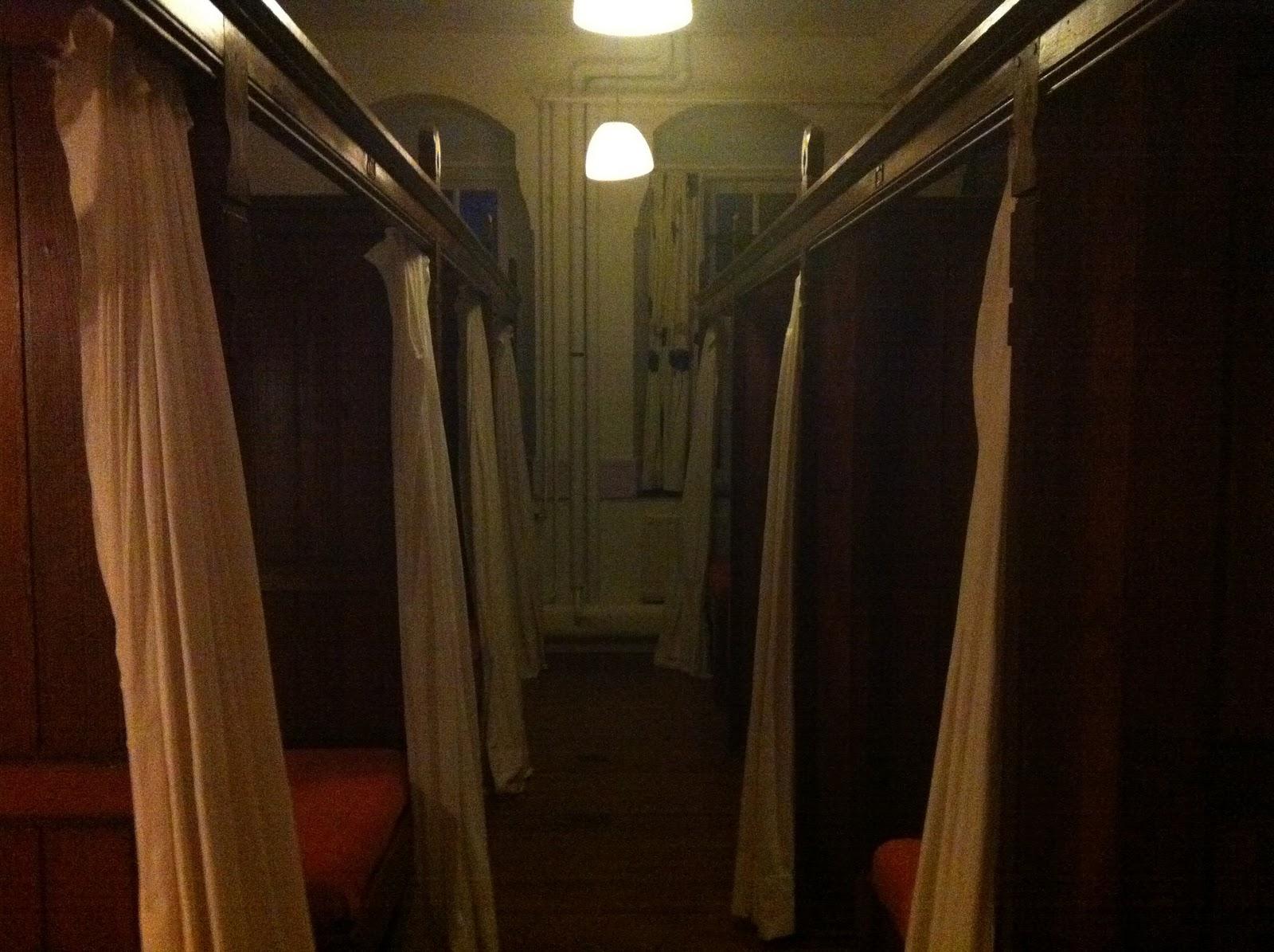 yogaweekenden SlimSlankSterk Terug in de tijd  de schattig chambrettes # Wasbak Duits_043752