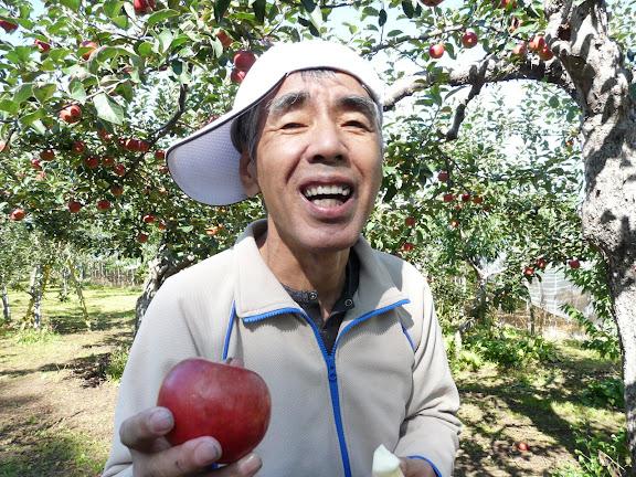 りんごと信治さん