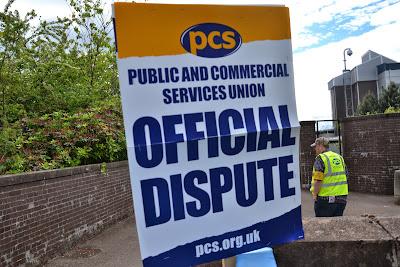 23-06-2014 - By Scott Campbell (+44) 0774 296 870 - PCS HMRC Cumbernauld strike, 23 June 2014; 'Official dispute' sign.