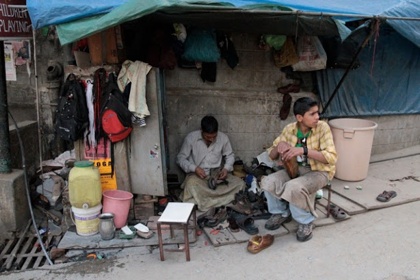 shoe repair in india, shoe men in india