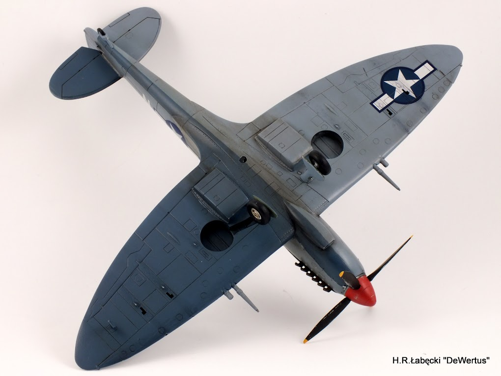 Malta/Sicily 1943; Spitfire Mk.IXc 2FS/52FG; Italeri 1/48 DSCF3805