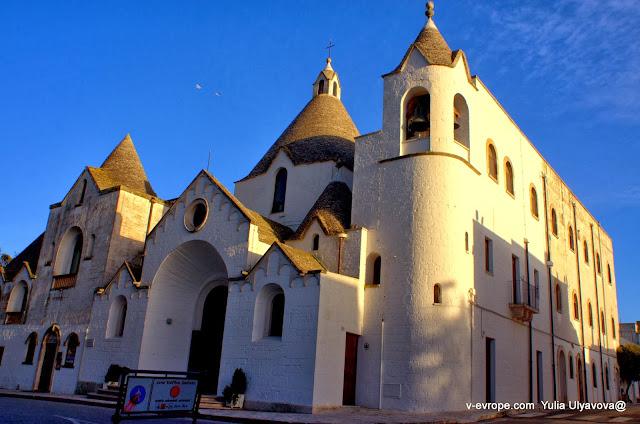 Церковь в Альберобелло