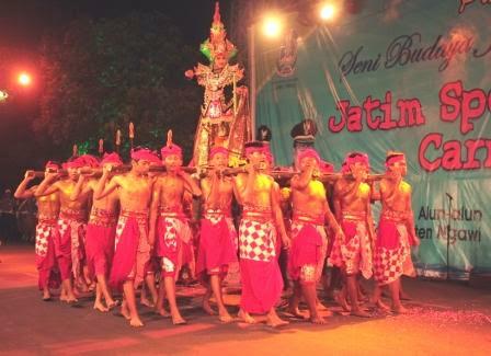 Berita carnival ngawi night