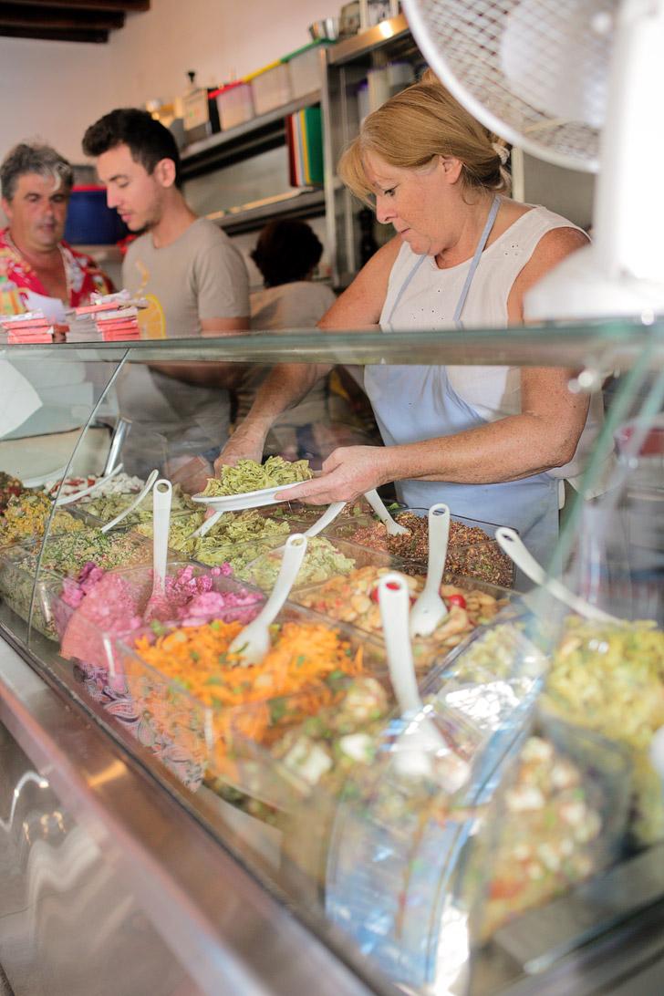 Kiki's Tavern - Agios Sostis Mykonos Restaurant.