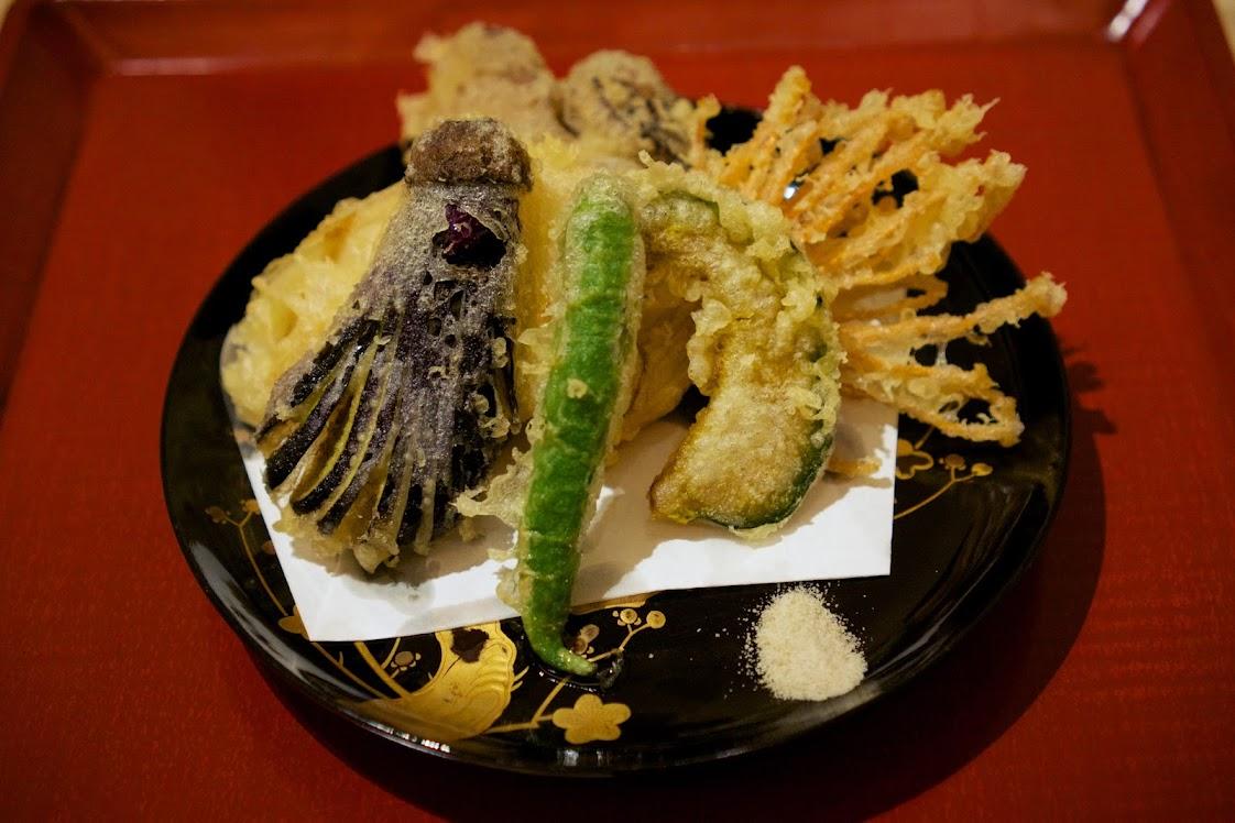 きのこと旬菜の天ぷら