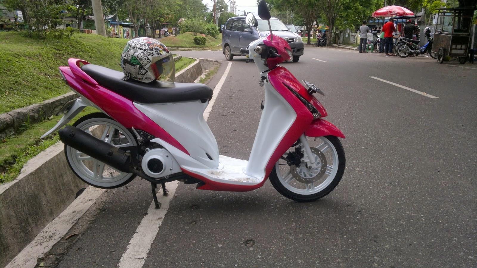 Suzuki Spin Modifikasi Standar