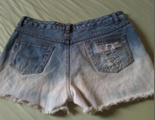 Customização de short jeans desfiado