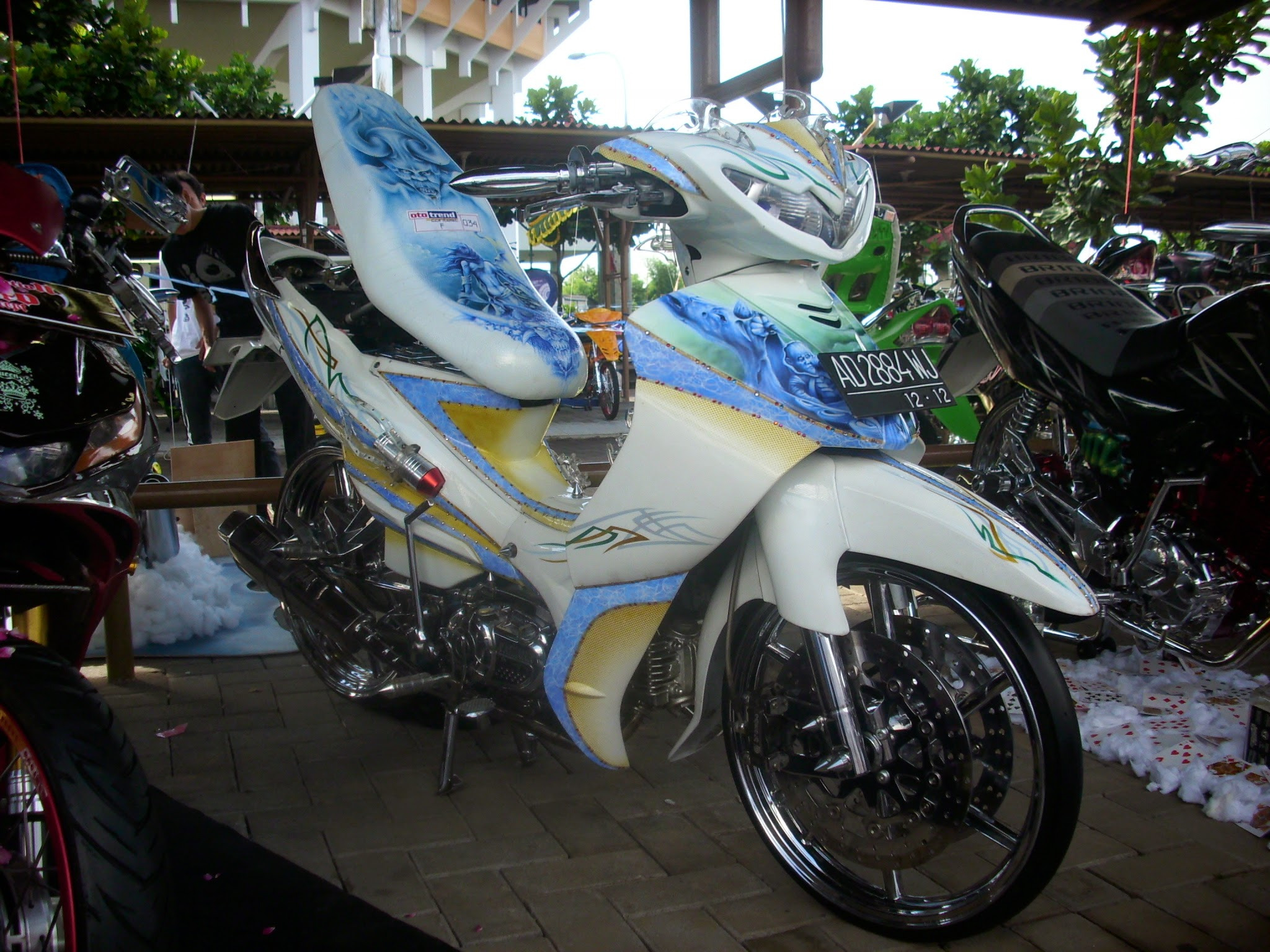 Modifikasi Motor Jupiter Mx Ungu