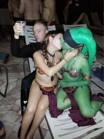 star wars girls kissing leia costume