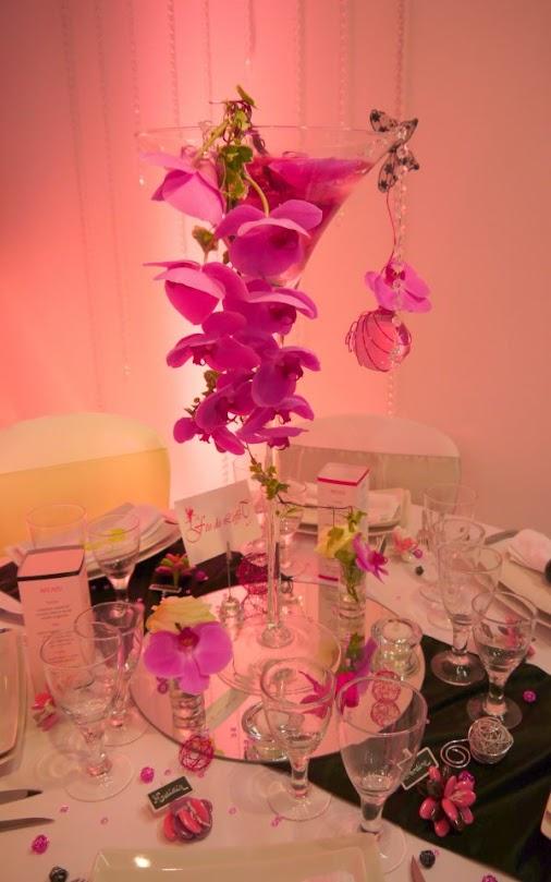 Vase Martini mariage rose fuchia orchidee