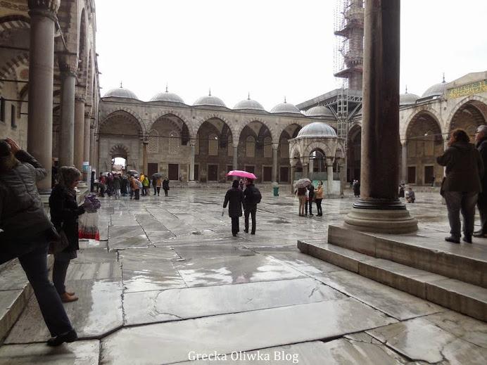 podwórze meczetu
