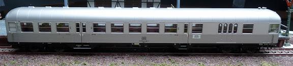 Marklin 26543: Buurtverkeersstuurstandrijtuig BDnf 738 Silberling met konijnenhokkop, 2de klasse met bagageruimte
