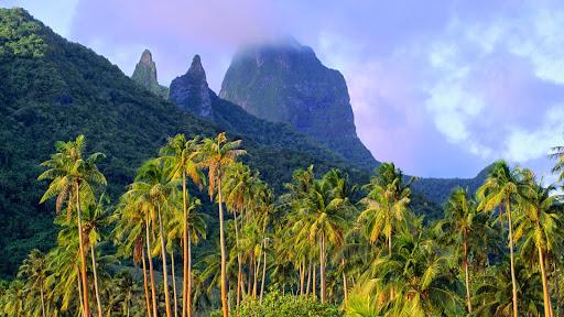 Mount Mouaroa, Moorea, French Polynesia.jpg