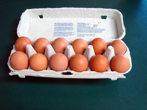 ¿Por qué los huevos se venden por docena?