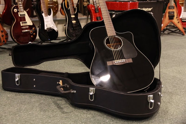 CRINSON MUSIC AND GUITARS: Fender CD-60CE Black with Hardcase