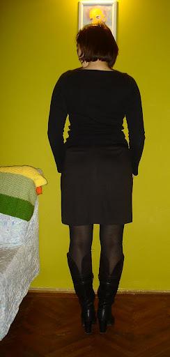 Provocarea nr 13 - croitorie - Fusta in 2+ culori - Pagina 2 DSC05205