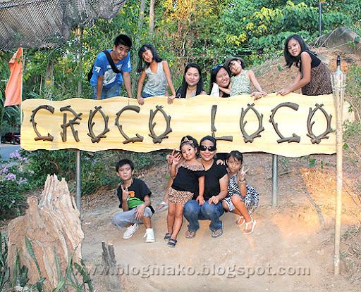 Safari Tour Guide Leaves Group