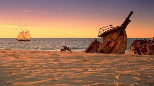 Schooner Shipwreck at Sunset.jpg